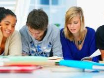 Unidade móvel do SESI inscreve para cursos gratuitos