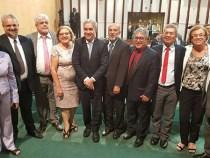 Deputados estaduais aprovam fim da reeleição na Assembleia