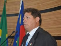 Jorge Bezerra critica fala de colega