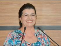 Lúcia Rocha quer empreendedorismo nas escolas