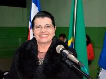 Lúcia Rocha anuncia construção de creche para Bate Pé