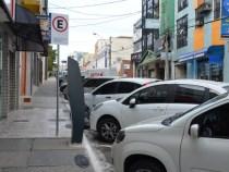 Prefeito suspende cobrança da zona azul e proíbe multas