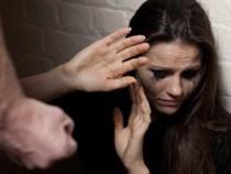 Por dia, 10.800 mulheres são vítimas de agressão no Brasil