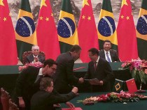 """再多一步,再胜一场"" diz Governador Rui Costa na China"
