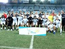 Futebol de artistas comemora 20 anos da Fundação Gol de Letra