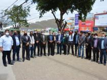 Vereadores fiscalizam obras da Estação de Transbordo e dialogam com camelôs
