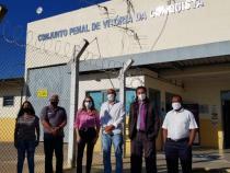 Comissão de Direitos Humanos da Câmara se reúne com direção do Conjunto Penal