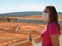Prefeitura coloca em funcionamento, nova célula do aterro sanitário: Sheila confere