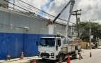 COELBA remove toneladas de cabos irregulares em postes da rede elétrica