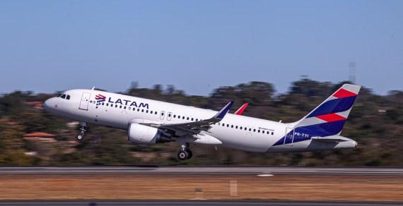 LATAM volta a investir na Bahia e vai começar a voar para Vitória da Conquista