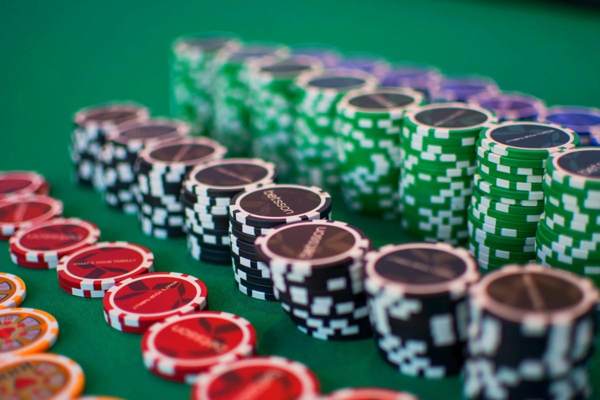 poker gambling chips