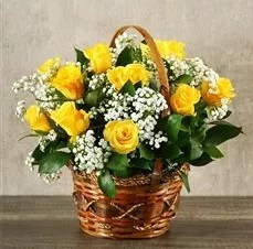 Inner Nature 15 yellow roses basket