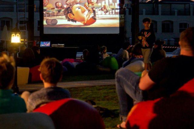 Al Hamra kicks-off cool outdoor family movie nights