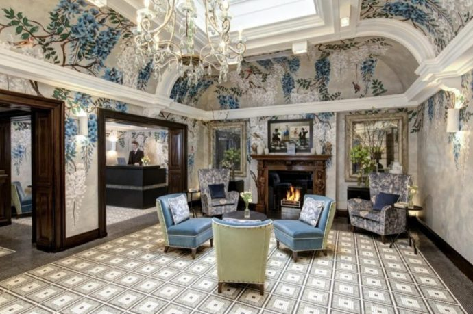 BROWN'S HOTEL IS AWARDEDFIVE STAR RATING BY PRESTIGIOUS FORBES TRAVEL GUIDE'S2020 STAR AWARDS