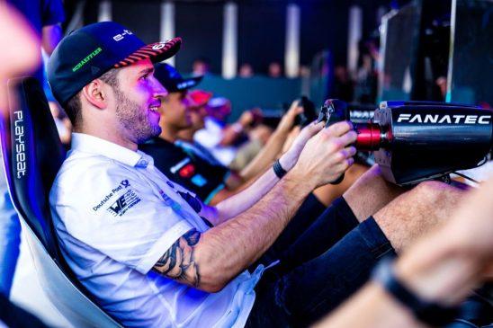 Formula E: Abt and di Grassi compete in sim racing