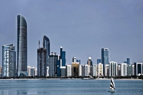 Abu Dhabi real estate transaction and mortgage values rise 22% in Q1