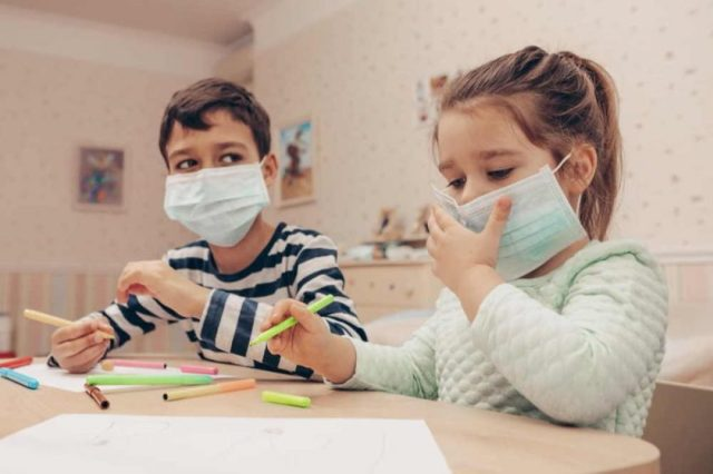 'Sharjah Child Friendly City' Executive Committee calls for greater support to children and families in quarantine