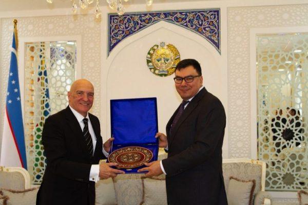 Uzbekistan's Hotel Business to be Developed Together