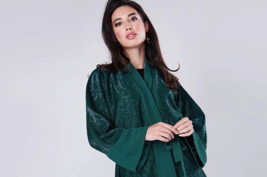 تألقي بأناقة اللون الأخضر: 10 أزياء يمكن ارتداؤها في العيد الوطني
