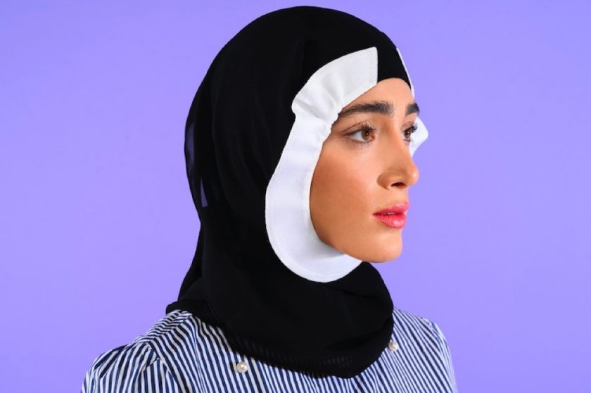 Avoid makeup stains and smudges on your Hijab