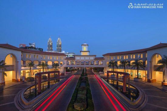 لاستكشاف وتطوير أفضل المواهب في الإمارات
