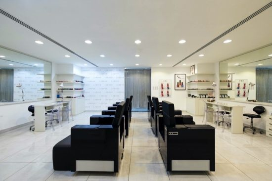 BEAUTY LOUNGE UNVEILS THE UAE'S FIRST MICROCHIP MANICURE