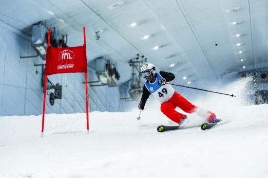 المصادقة على عضوية الإمارات العربية المتحدة في الاتحاد الدولي للتزلج على الثلوج