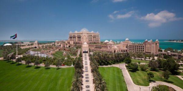 """قصر الإمارات يحصل على """"شهادة الأمان""""  من دائرة الثقافة والسياحة – أبوظبي"""
