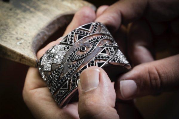 """دار """"أكيليس"""" الفرنسية للمجوهرات تطرح مجموعة TATTOO الجديدة"""