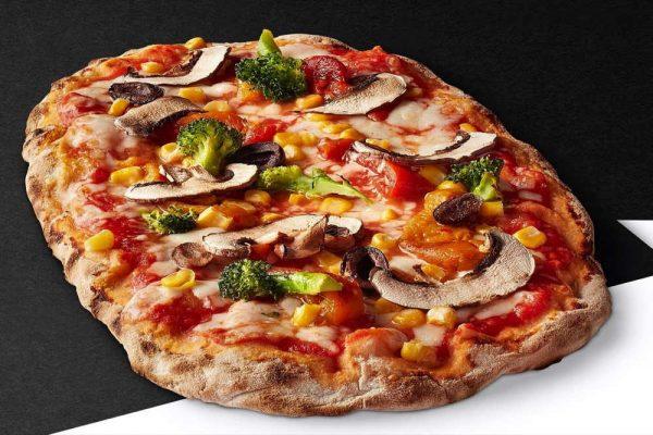 «بيتزا بينسانيتي» تطلق عروضها خلال مفاجآت صيف دبي