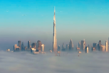 Sheikh Hamdan post incredible video of Dubai in the fog as you've never seen it before