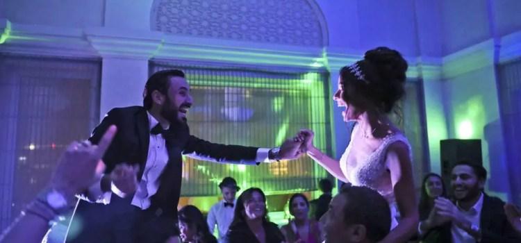 In new playground Dubai, Israelis find parties, Jewish rites