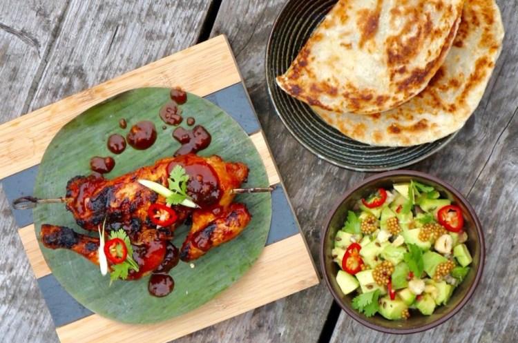 BBQ Miso glazed piepkuiken met pittige avocadosalade