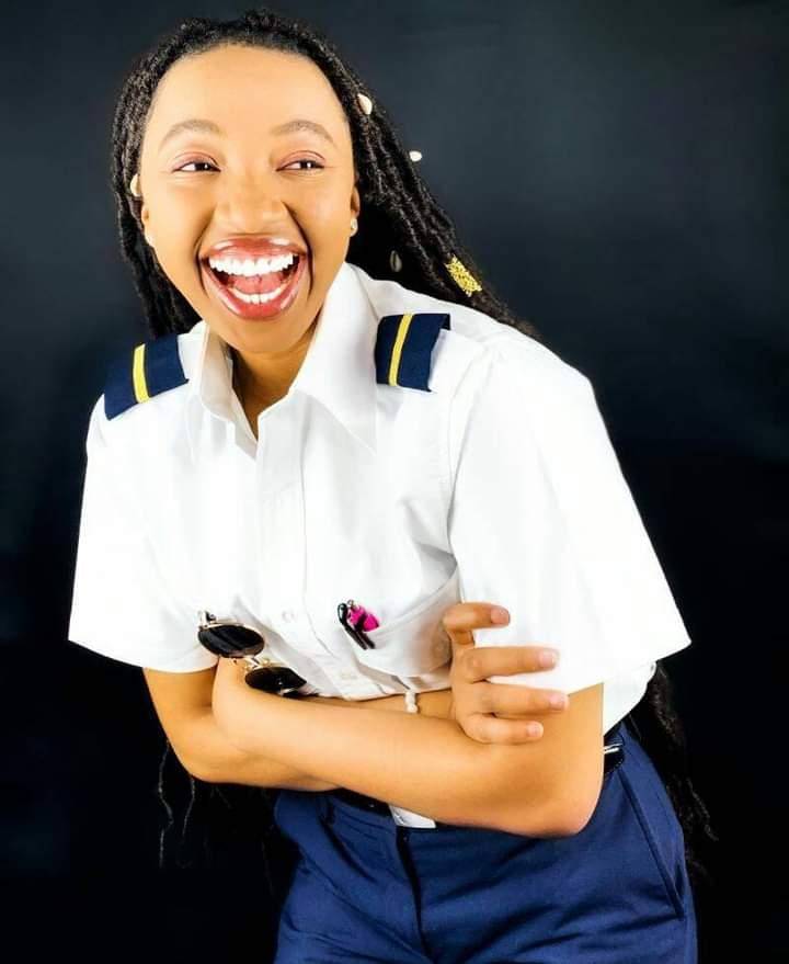 Izuchukwu Miracle female pilot
