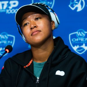 """Naomi Osaka breaks down in tears after being asked """"intimidating question"""" at press conference"""