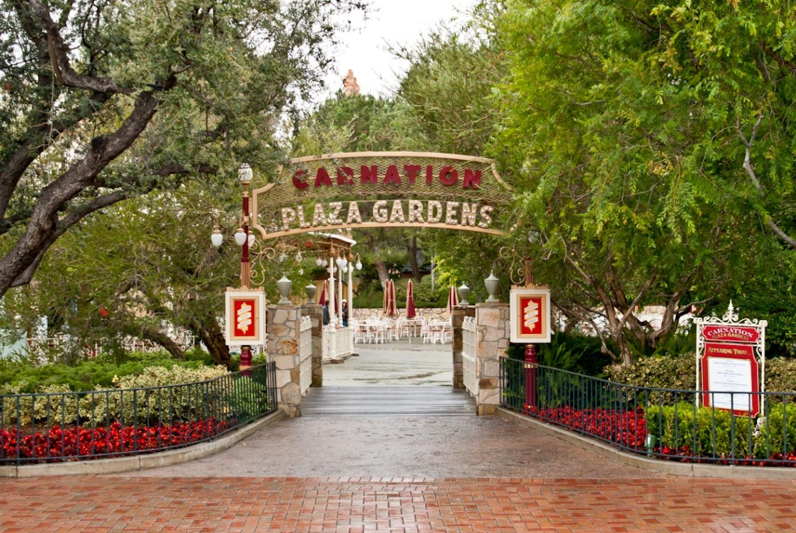 Carnation Plaza Garden on Disneyland\'s Main Street USA [Closed]