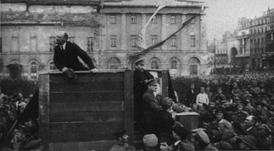 Lenin giving speech