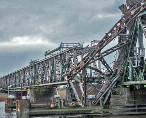 duc-marine-group-damaged-bridge-5