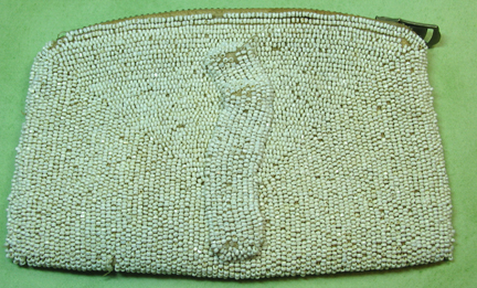 old-purse-back