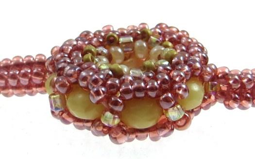 Rose-necklace-detail