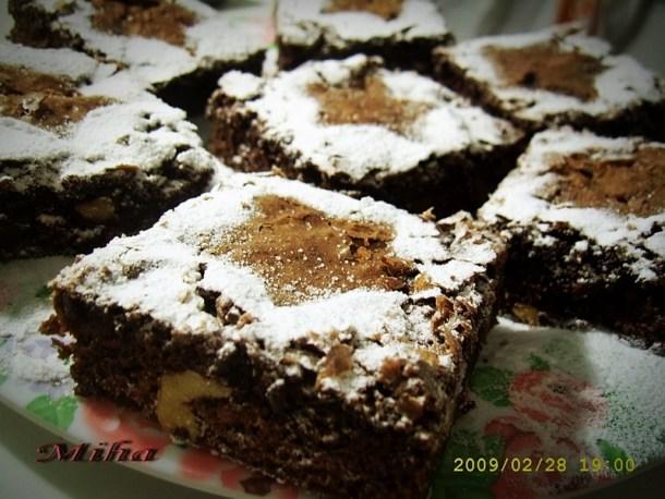 Prajitura Negresa cu nuca si ciocolata