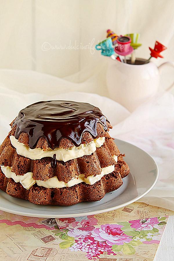 Tort cu ananas si glazura de ciocolata
