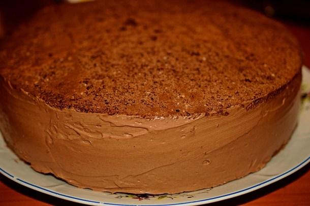 tort cu multa ciocolata