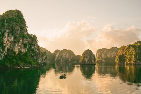 Vịnh-Hạ-Long
