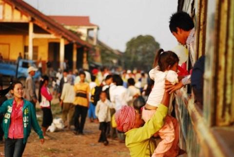 Khung cảnh tuyến đường sắt ở Campuchia