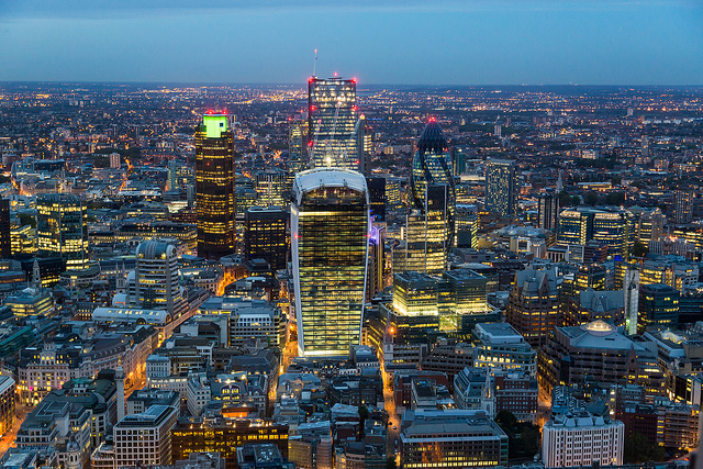 How Changing Your Trading Platform Will Provide You With Long-Term Benefits - London Financial District