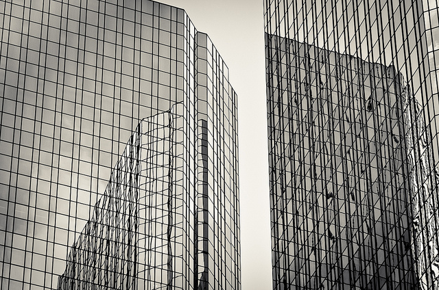 Banks' Practices Need To Shift To Cope With Nonfinancial Risk - Deutsche Bank Twin Towers - Image By Koeb
