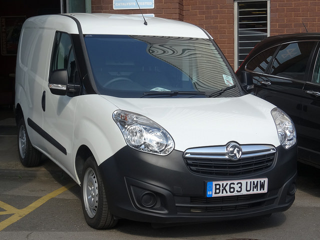 Things You Need To Know About Van Hire - Vauxhall Combo Van