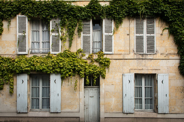 The Golden Rules of Buying Property Overseas