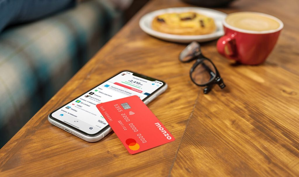 Monzo card and App